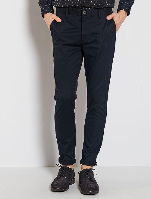 Pantalón chino skinny                                                                 negro