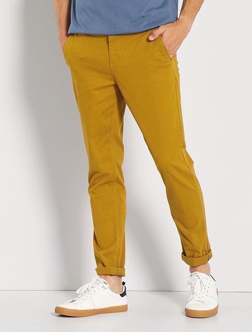 Pantalón chino slim                                                                                                                                                                                                                                                                                                                                                     AMARILLO