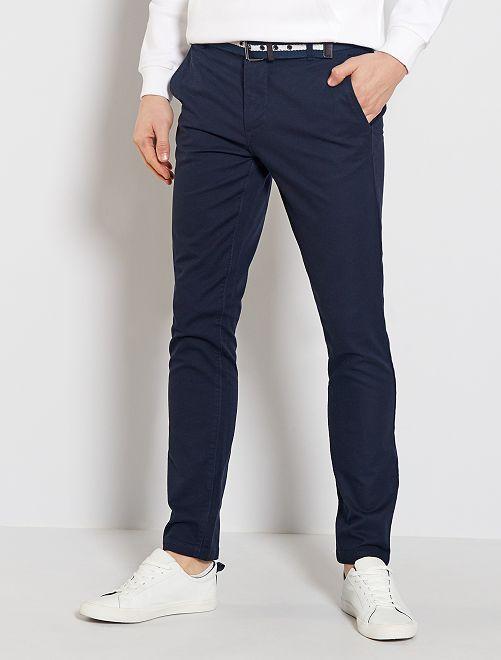 Pantalón chino slim + cinturón                     AZUL