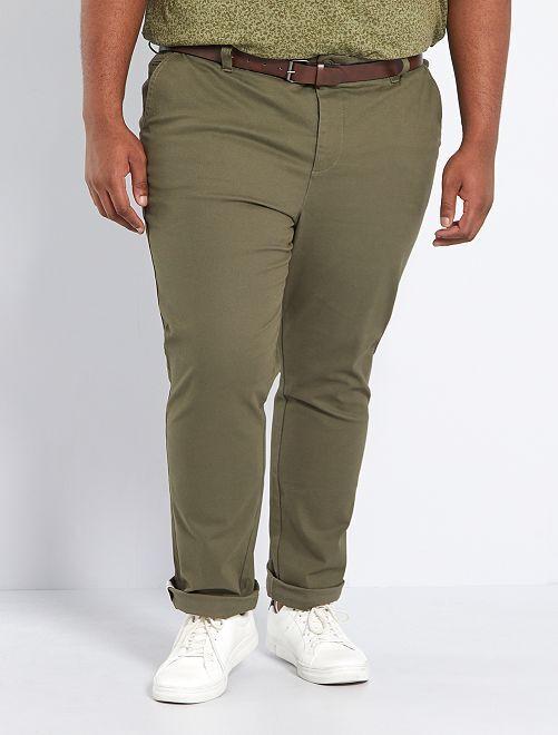 Pantalón chino slim + cinturón                             KAKI