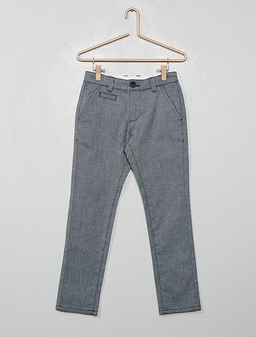 Pantalón chino slim con micromotivos                                         azul