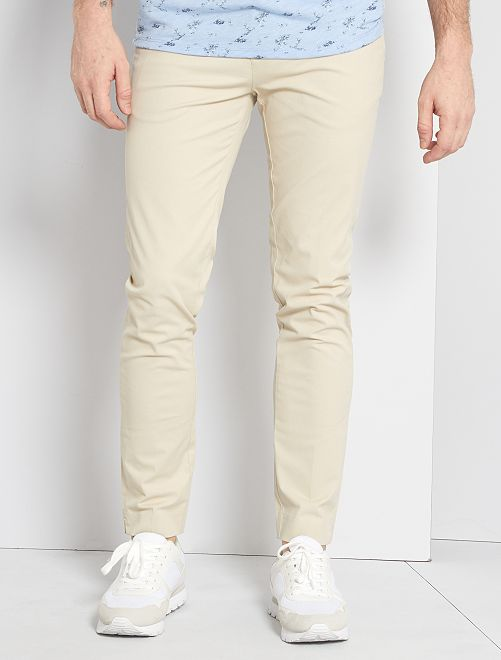 Pantalón chino slim                                                     crudo