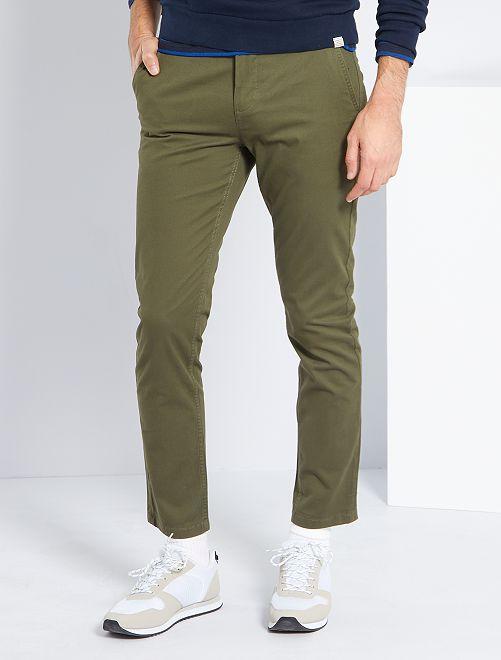 Pantalón chino slim L30                                                                                         KAKI
