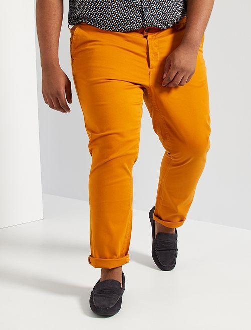 Pantalón chino slim L30                                                                                         marrón