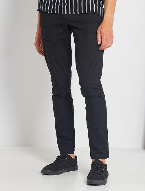 Pantalón chino slim técnico                             negro