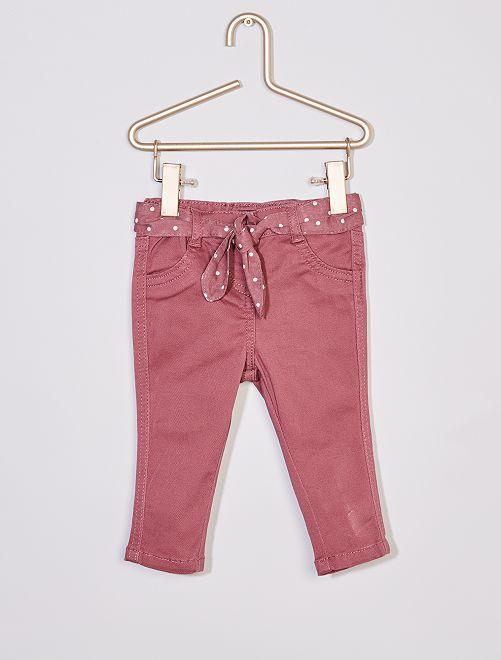 Pantalón + cinturón estampado                                                                 PURPURA