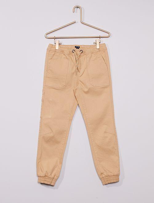 Pantalón cómodo                                                     BEIGE