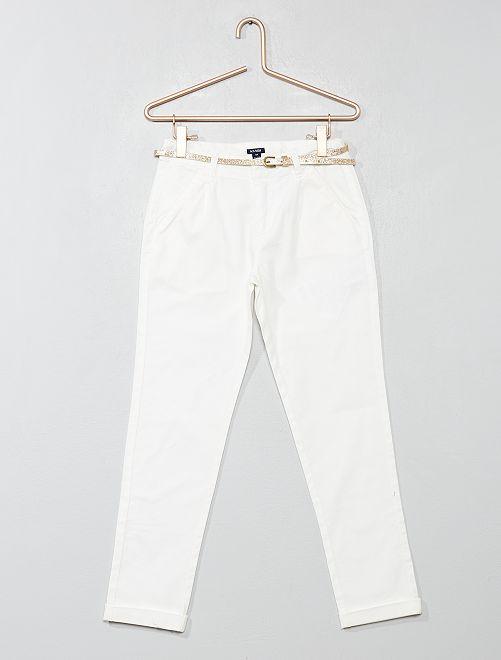Pantalón con pinzas + cinturón                             blanco nieve Chica