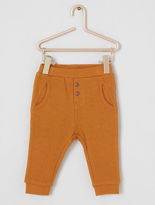 Pantalón con textura 'eco-concepción'                                         AMARILLO