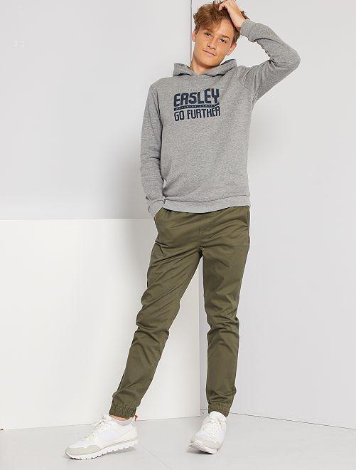 Pantalón corte jogger de sarga                                                     KAKI