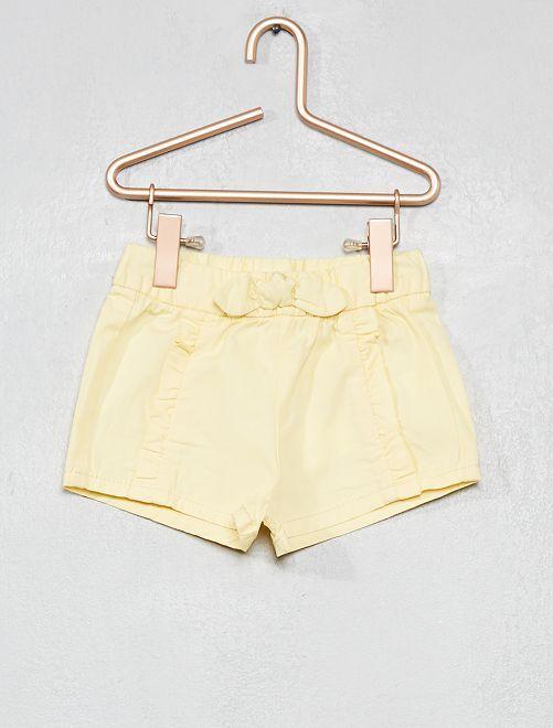 Pantalón corto con volantes                                                                 AMARILLO Bebé niña