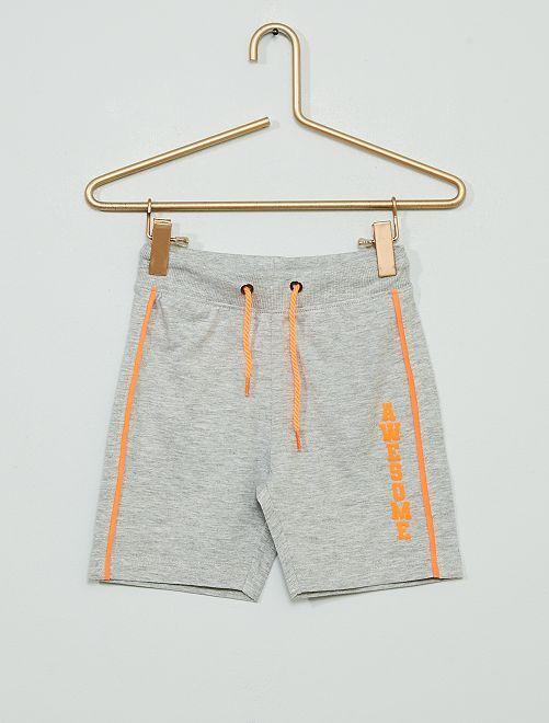 Pantalón corto de deporte                                         gris