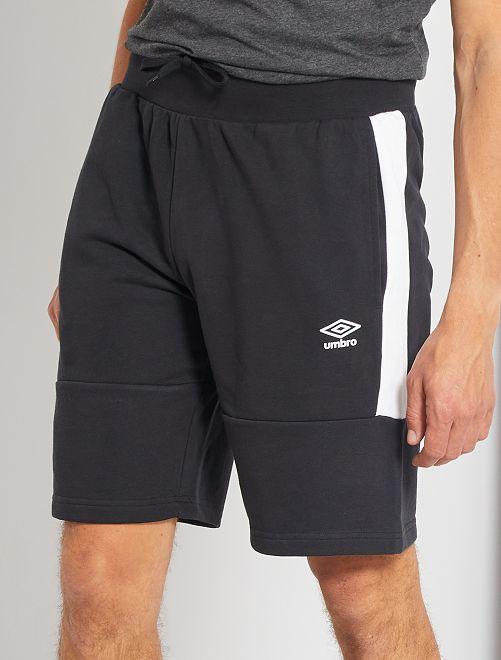 Pantalón corto de deporte 'Umbro'                             NEGRO