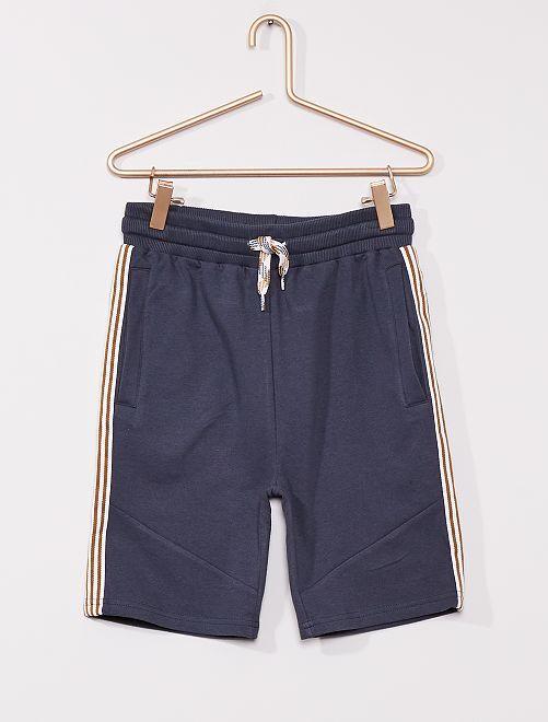 Pantalón corto de felpa ligera                             gris