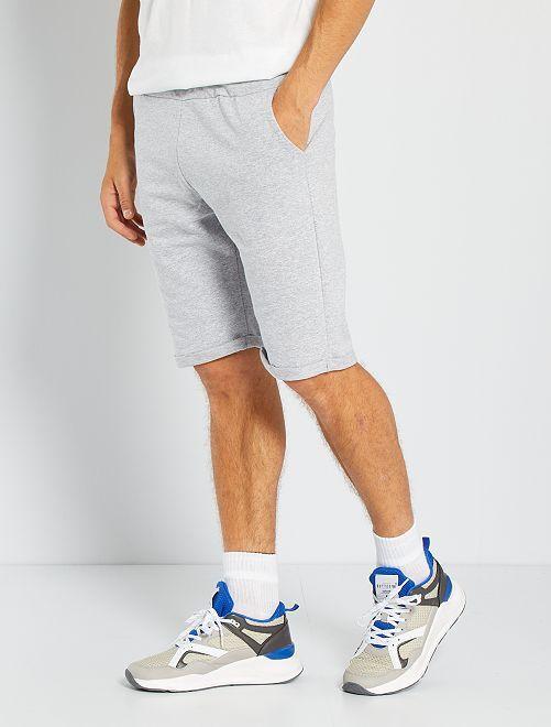 Pantalón corto de felpa ligero                                                                             gris