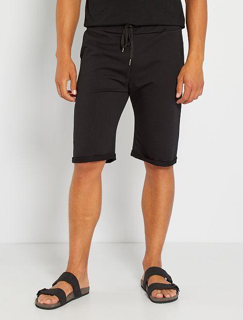 Pantalón corto de felpa ligero                                                                             negro