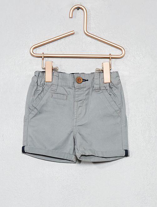 Pantalón corto liso con vuelta                                                                                                                 gris Bebé niño