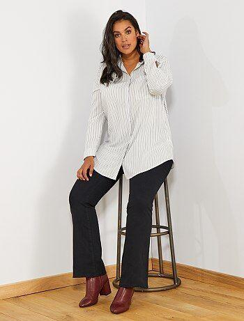 3badf8795191 Tallas grandes mujer - Pantalón de corte flare - Kiabi