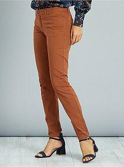 Pantalones slim - Pantalón de corte slim