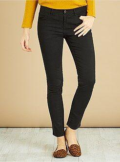 Pantalones - Pantalón de corte slim