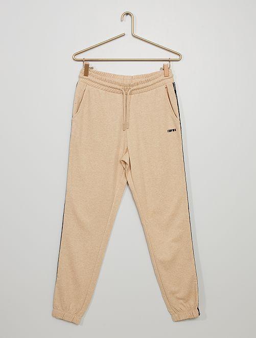 Pantalón de jogging con franja estampada                                                                                                                 BEIGE