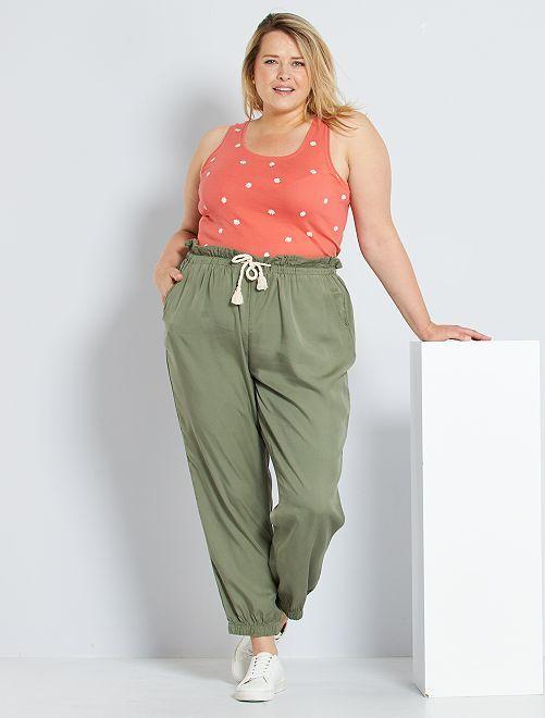 Pantalón de lyocell                                         verde liquen