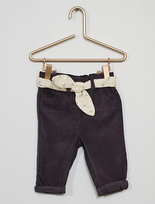 Pantalón de pana + cinturón                     GRIS