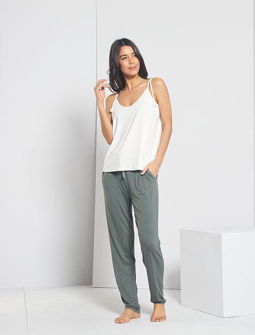 Pantalón de punto liso                                         verde gris