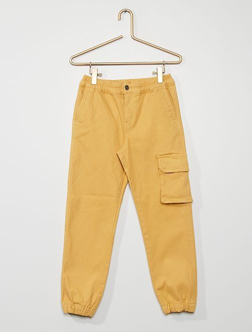 Pantalón de sarga con bolsillos cargo                                         BEIGE