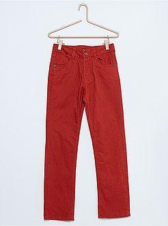 Pantalones - Pantalón de sarga con corte recto