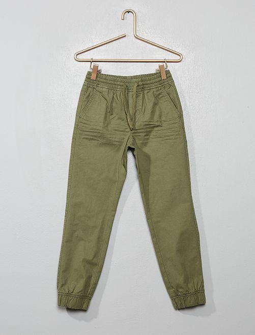 Pantalón de sarga                                                                             verde liquen