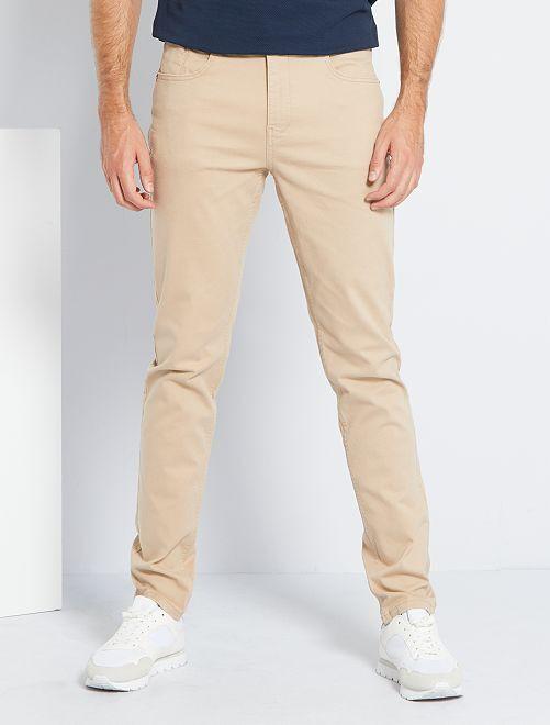 Pantalón entallado con 5 bolsillos L38 +1m90                                                                                         BEIGE