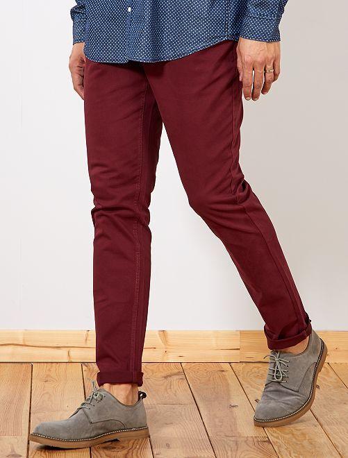 Pantalón entallado con 5 bolsillos L38 +1m90                                                     bordeaux