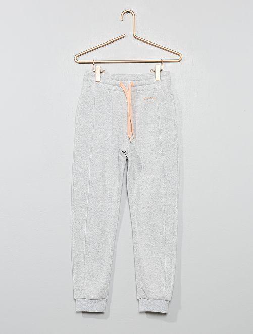 Pantalón jogging fluido y suave                                         GRIS