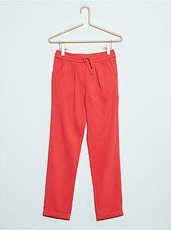 Pantalones, piratas - Pantalón ligero con pinzas