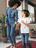 Pantalón mom con talle muy alto