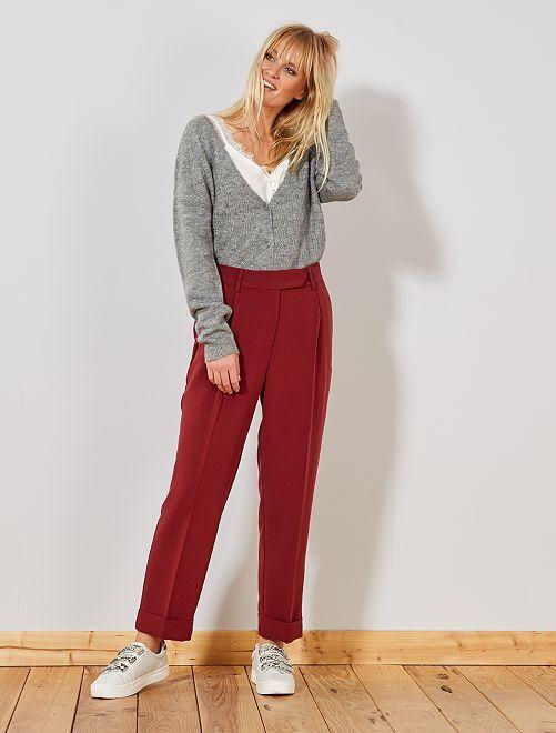 Pantalón pinzas tapered                                                     ROJO
