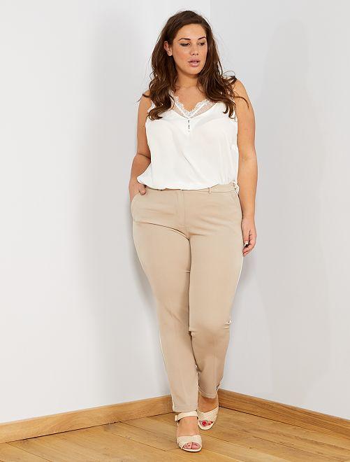Pantalón recto con bandas laterales                                         beige/blanco Tallas grandes mujer