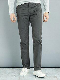 Hombre de mas de 1'90m - Pantalón recto de sarga de algodón L36 +1,90m - Kiabi