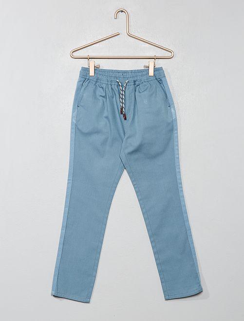 Pantalón recto liso                                                                                         azul claro Chico