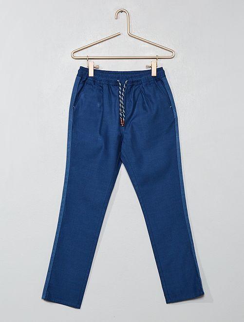 Pantalón recto liso                                                                                         azul navy Chico