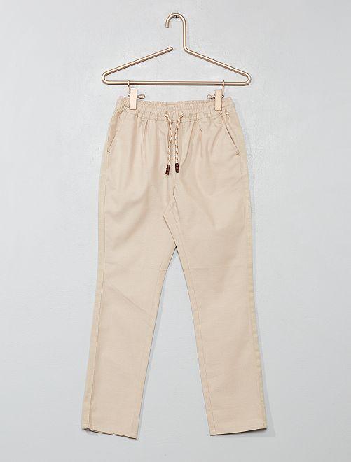 Pantalón recto liso                                 BEIGE