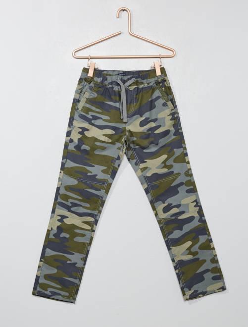 Pantalón regular de camuflaje                                         camuflaje caqui Chico