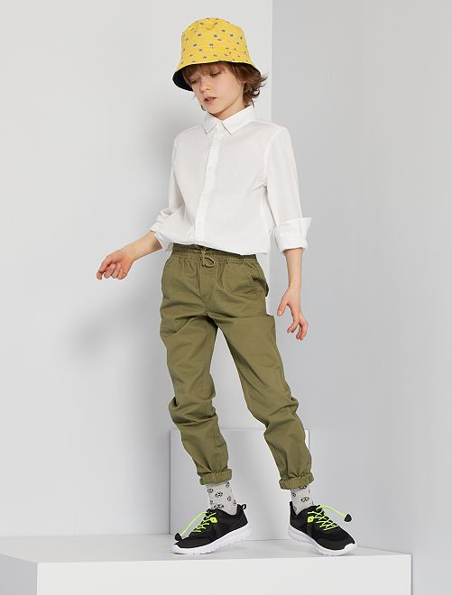Pantalón regular                                                     verde liquen