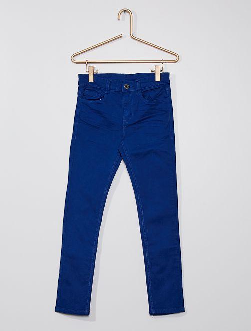 Pantalón skinny con cinco bolsillos                                                                                                                                                                                         azul océano
