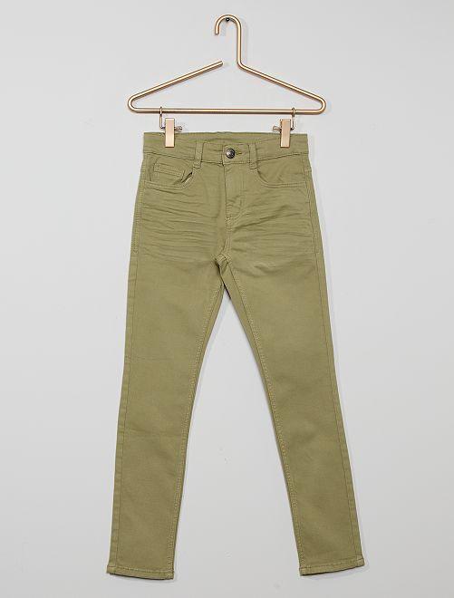 Pantalón skinny con cinco bolsillos                                                                                                                                                                                         caqui claro