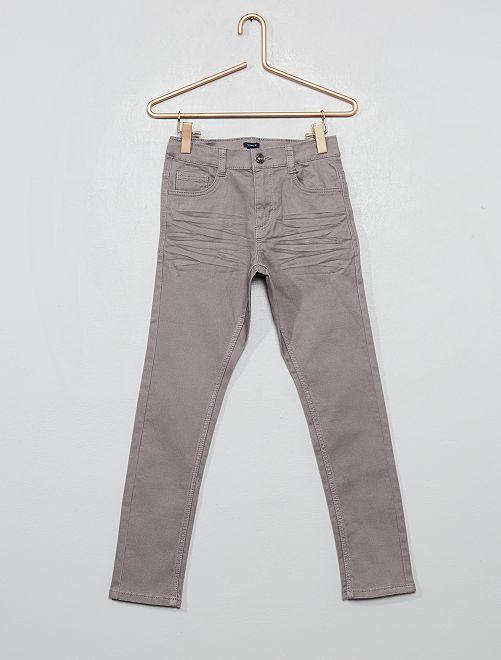 Pantalón skinny con cinco bolsillos                                                                                                                 GRIS