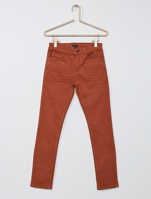Pantalón skinny con cinco bolsillos                                                                                                     MARRON
