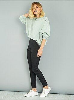 Pantalones slim - Pantalón skinny de piel sintética mate