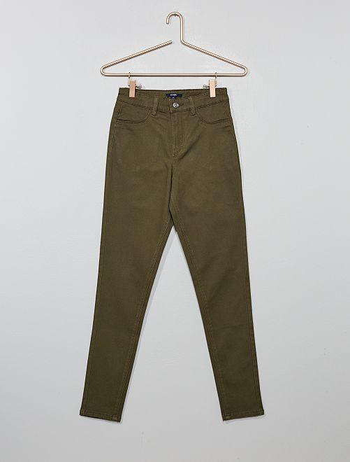 Pantalón skinny de talle alto                                                     KAKI Joven niña